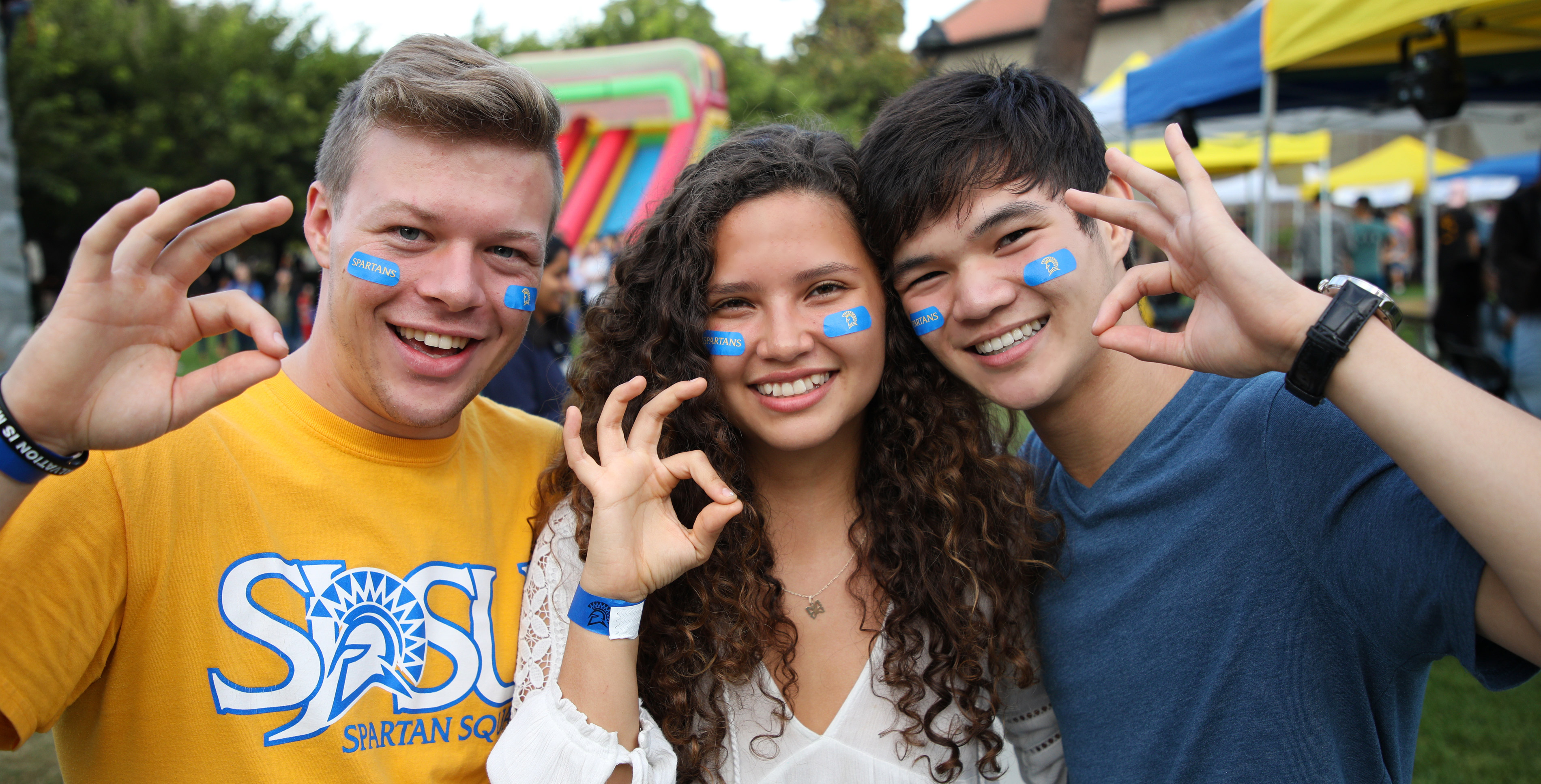 SJSU Students at homecoming event.
