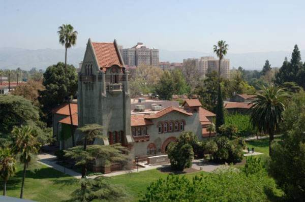 Photo of Tower Hall and Tower Lawn at San Jose State University