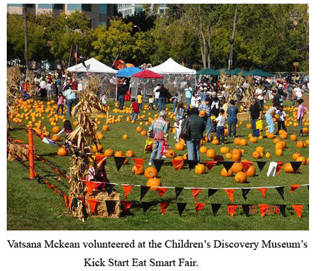 Vatsana McKean volunteered at the Children's Dirsovery Museum Kick Starr Eat Smart fair