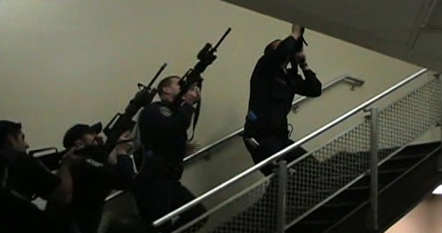 police officers conducting active shooter training