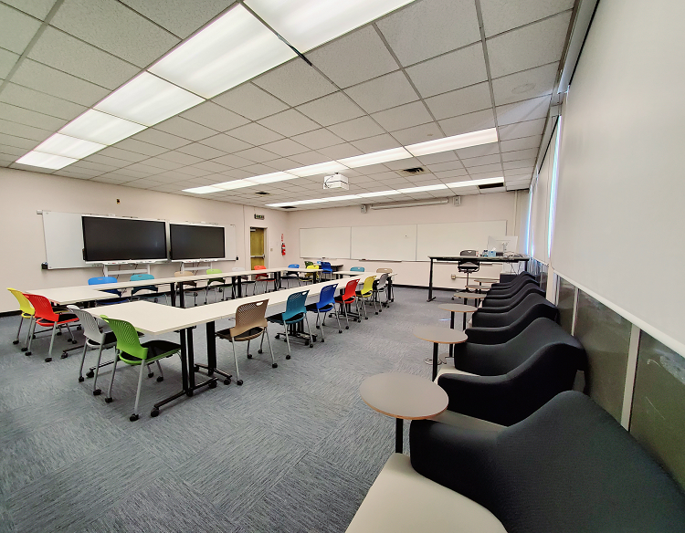 Image of empty Science Education classroom